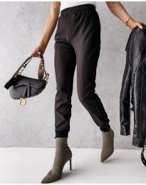 Модерен дамски панталон в черно - код 3987