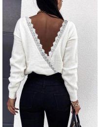 Дамска блуза с ефектен гръб в бяло  - код 6050