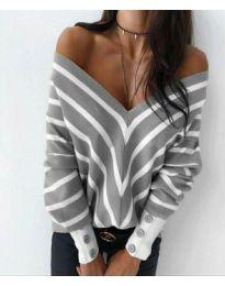 Свободна дамска блуза с отворено деколте в сиво - код 1070