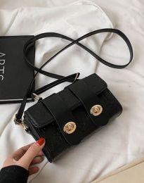 Дамска чанта в черно - код B448