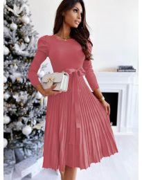 Кокетна рокля в розово - код 3939
