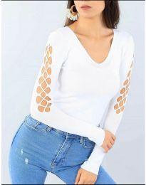 Блуза с ефектни ръкави в бяло - код 6776