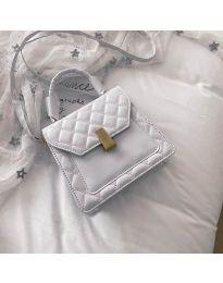 Дамска чанта в бяло - код B48