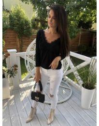 Дамска блуза с ефектен гръб в черно - код 266