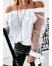 Бяла блуза с ластично паднало деколте и тюлени ръкави - код 114