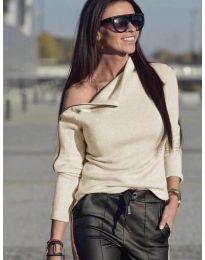 Блуза с цип на рамото в бежово - код 261