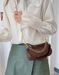 Ефектна дамска чанта в кафяво - код B299