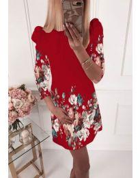 Рокля в червено със свежи цветя - код 930