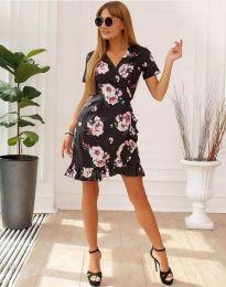 Кокетна рокля в черно с флорален десен - код 7171