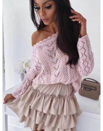 Свободна блуза от ефектно плетиво в розово - код 307