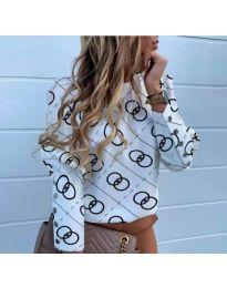 Бяла дамска риза с ефектен десен - код 781