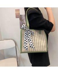 Атрактивна дамска чанта в зелено - код B532