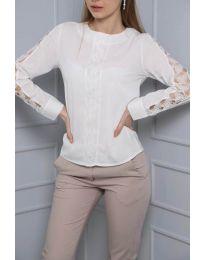 Ефектна дамска блуза в бяло - код 0639