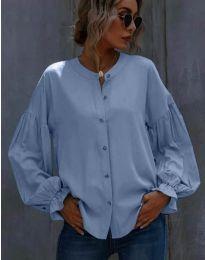 Свободна дамска риза в светлосиньо - код 1648