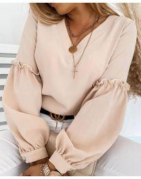 Елегантна дамска блуза в бежово с ефектни ръкави - код 5565