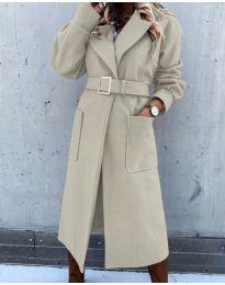 Дълго дамско палто с колан в бежово - код 423
