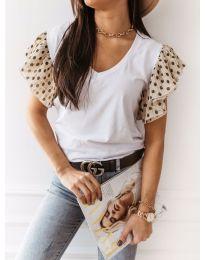 Бяла тениска с бежови ефектни ръкави - код 420