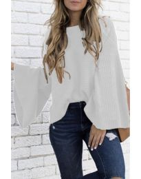 Дамски пуловер в бяло - код 0202