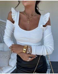 Блуза в бяло с ефектни ръкави - код 2380