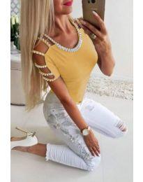 Елегантна тениска с перли в жълто - код 901