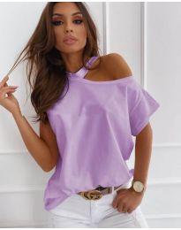Дамска блуза с голо рамо в светло лилаво - код 804