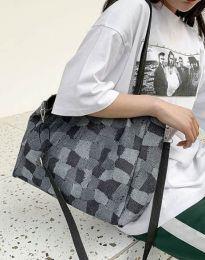Дамска чанта в черно - код B440