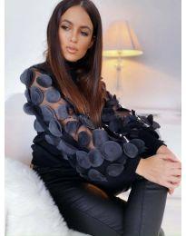 Блуза в черно с ефектни бухнали ръкави -  код 3505