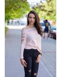 Блуза с паднало деколте  в розово  - код 3470