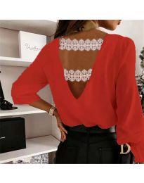 Елегантна дамска блуза в червено с ефект на гърба - код 5155