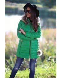 Зимно яке в зелено с качулка и пух - 874