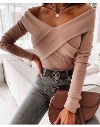 Екстравагантна дамска блуза в бежово - код 0308