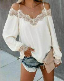 Ефирна дамска блуза в бяло с голи рамене - код 0754