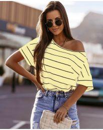 Раирана дамска тениска в жълто - код 5865