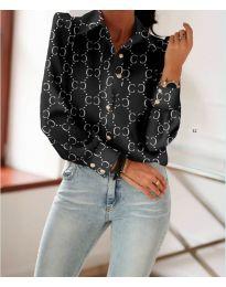 Черна риза с дълги ръкави и фигурален десен - код 653