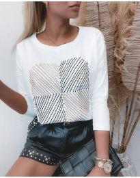 Дамска блуза в бяло - код 4826