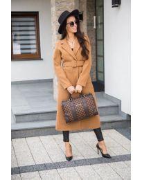 Дамско дълго палто с колан в кафяв цвят - код 203