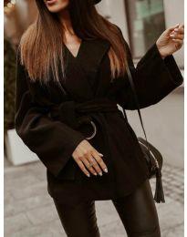 Дамско късо палто в черно - код 8282