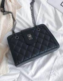 Дамска чанта в черно - код B300