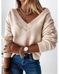 Дамски пуловер в бежово - код 6012