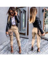Спортно - елегантен панталон в бежово - код 091