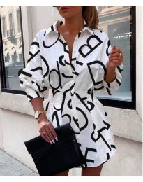 Бяла дамска рокля с надписи - код 749