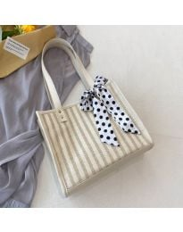 Атрактивна дамска чанта в бяло - код B532