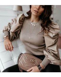 Бежова дамска блуза с ефектни ръкави - код 3506