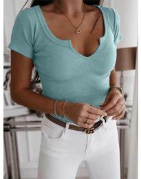 Вталена тениска с копчета в цвят мента - код 3667