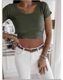 Къса дамска тениска в маслено зелено - код 530
