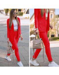 Спортно-елегантен дамски комплект в червено - код 215