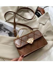 Елегантна дамска чанта в кафяво - код B159