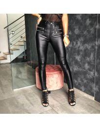 Дамски панталон в черно - код 4543