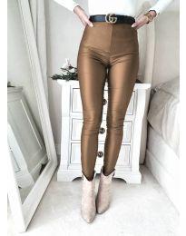 Втален дамски панталон в тъмнокафяво - код 2789