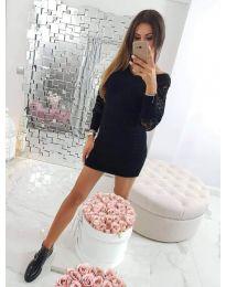 Черна дамска рокля с интересен ръкав - код 689